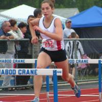 kelsey-100m-hh-jos-500x580